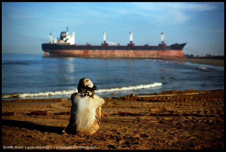 ship breaking (2)