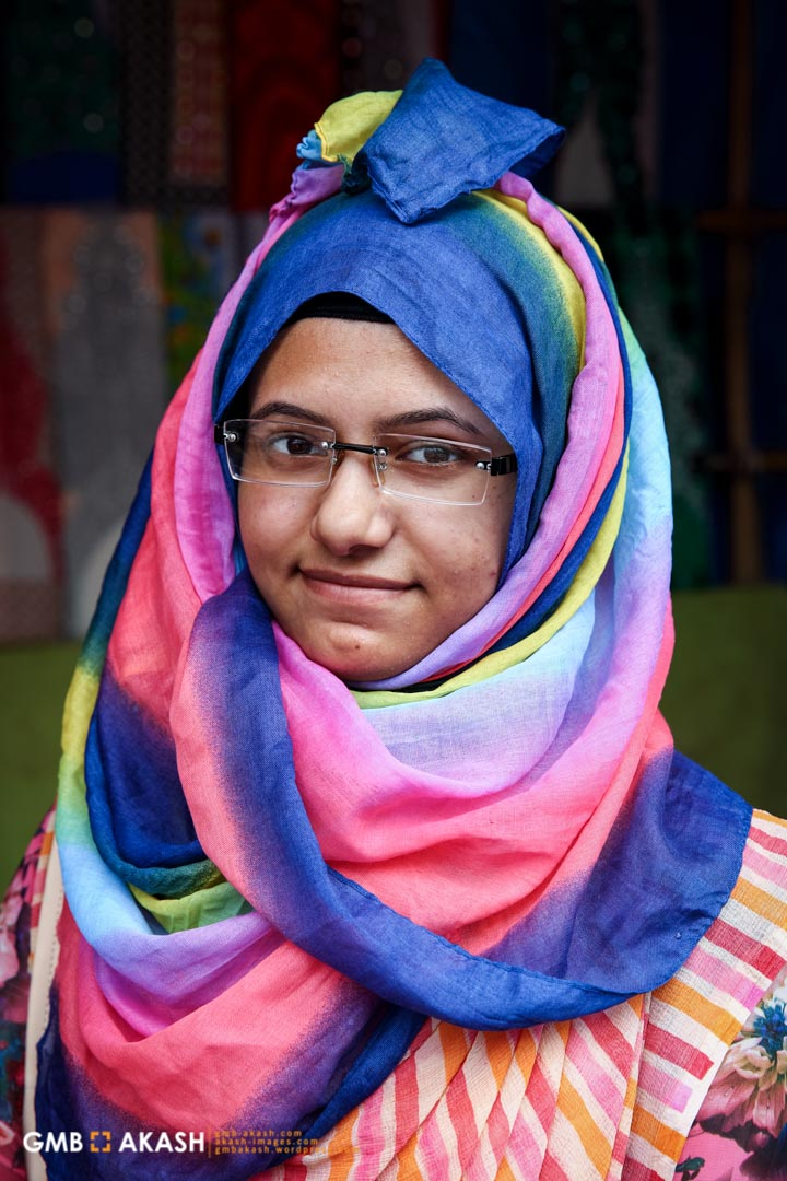 'As a student I have to travel everyday from home to university. After doing hijab for two years I face less eve teasing and it has given me a sense of good feeling that I am maintaining my life in the light of Islam' – Laboni
